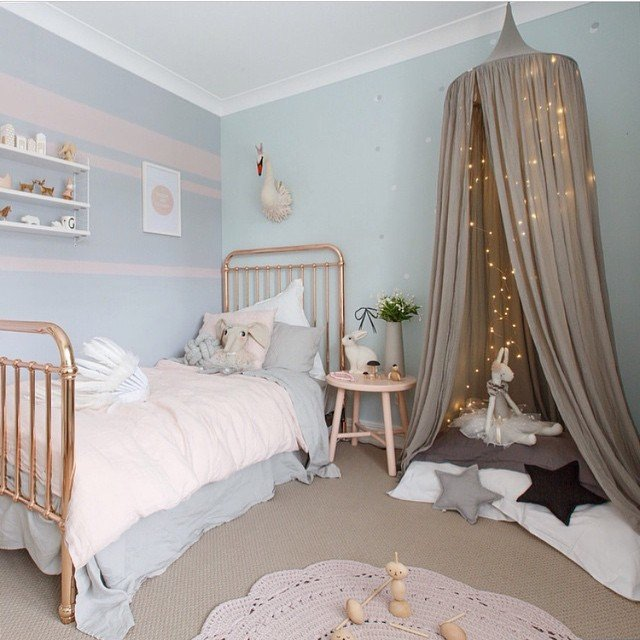 Numero 74 Bed Canopy Powder Pink