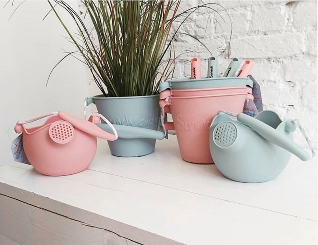 Scrunch Watering Can - Lilac