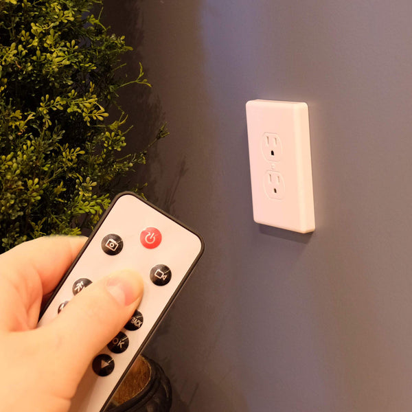 1080p Wall Outlet Hidden Camera - FlexiSPY Spy Shop