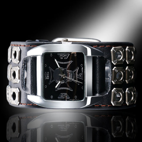 Image of Ari Gothic Skull Watch