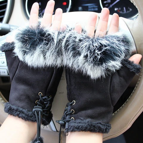 Image of Mia Sequin Skull Gloves