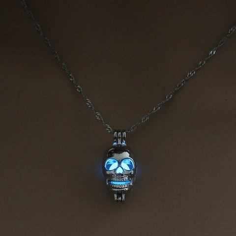 Axel Luminous Skull Necklace
