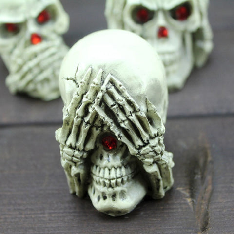 Vespar 3 Piece Skull Ornaments
