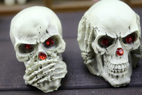 Image of Vespar 3 Piece Skull Ornaments