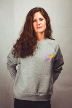 Load image into Gallery viewer, Banana - Sweatshirt Women - Grey