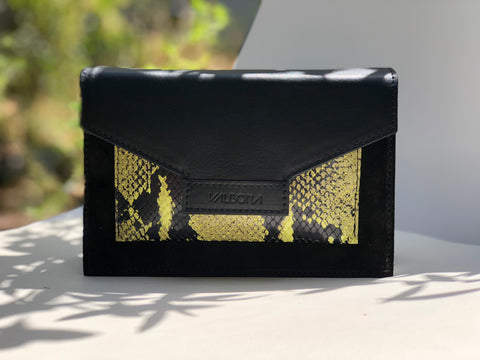 ***BACK IN STOCK***LILLY multi talent BAG - BLACK MYSTERY