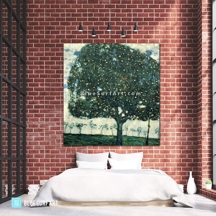 Apple Tree II - bedroom showcase