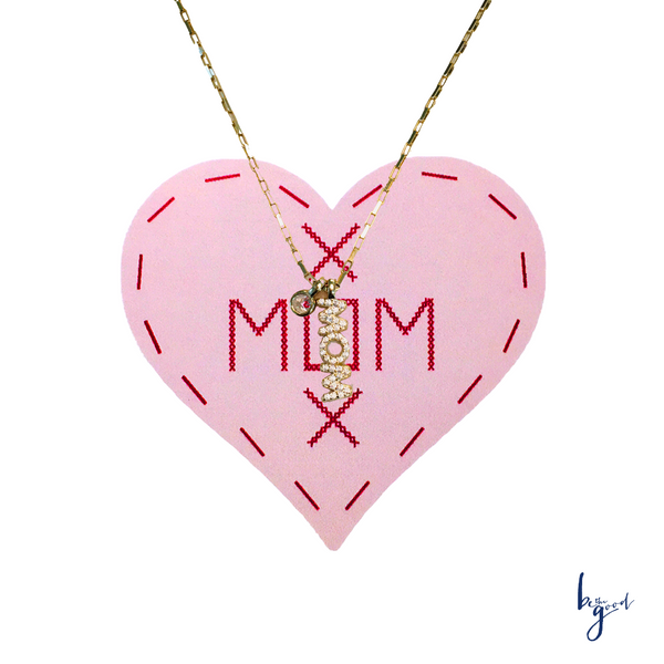 MOM VERTICAL CHARM NECKLACE