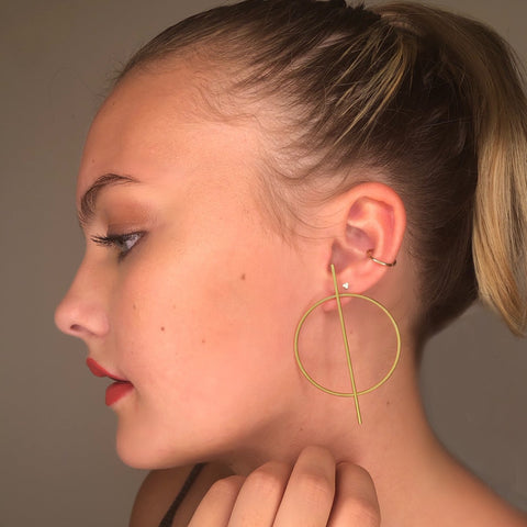 LUCKY STRIKE POST HOOP EARRING