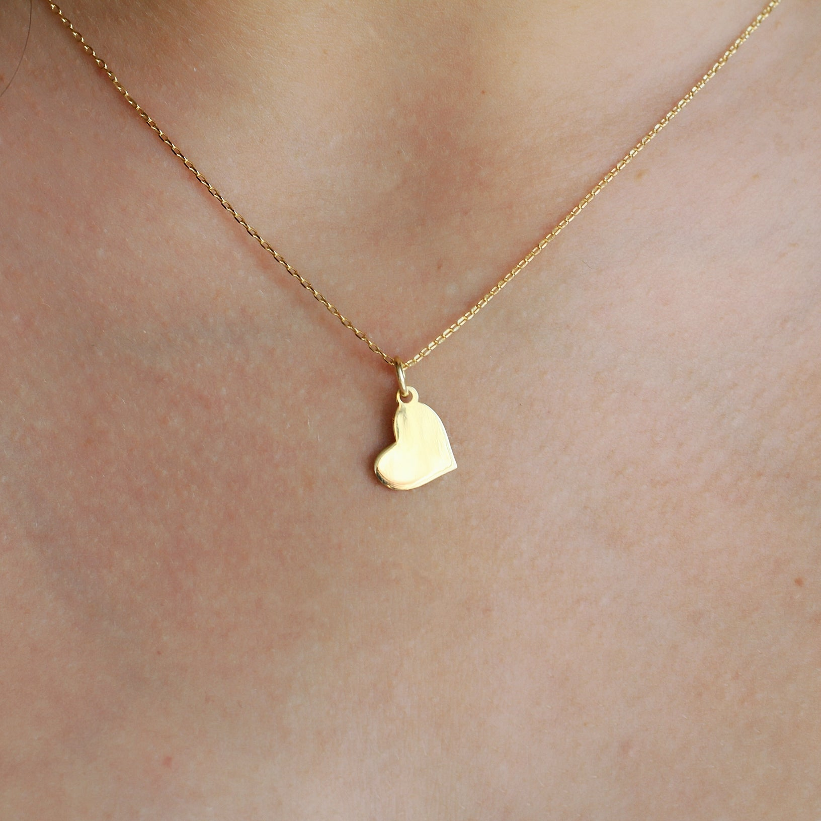 SWEETHEART CHARM NECKLACE