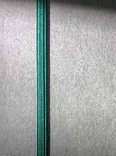 Load image into Gallery viewer, B5 binder in dark green - SALE PRICE PLUS FREE SHIPPING!