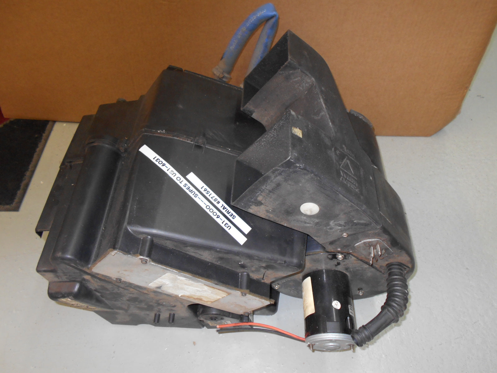 SLEEPER HEATER BOX - U31-6000