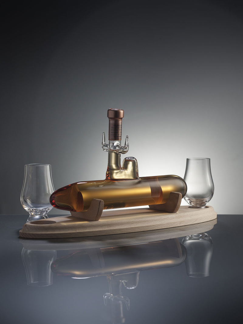 Submarine Whisky Decanter with two glasses