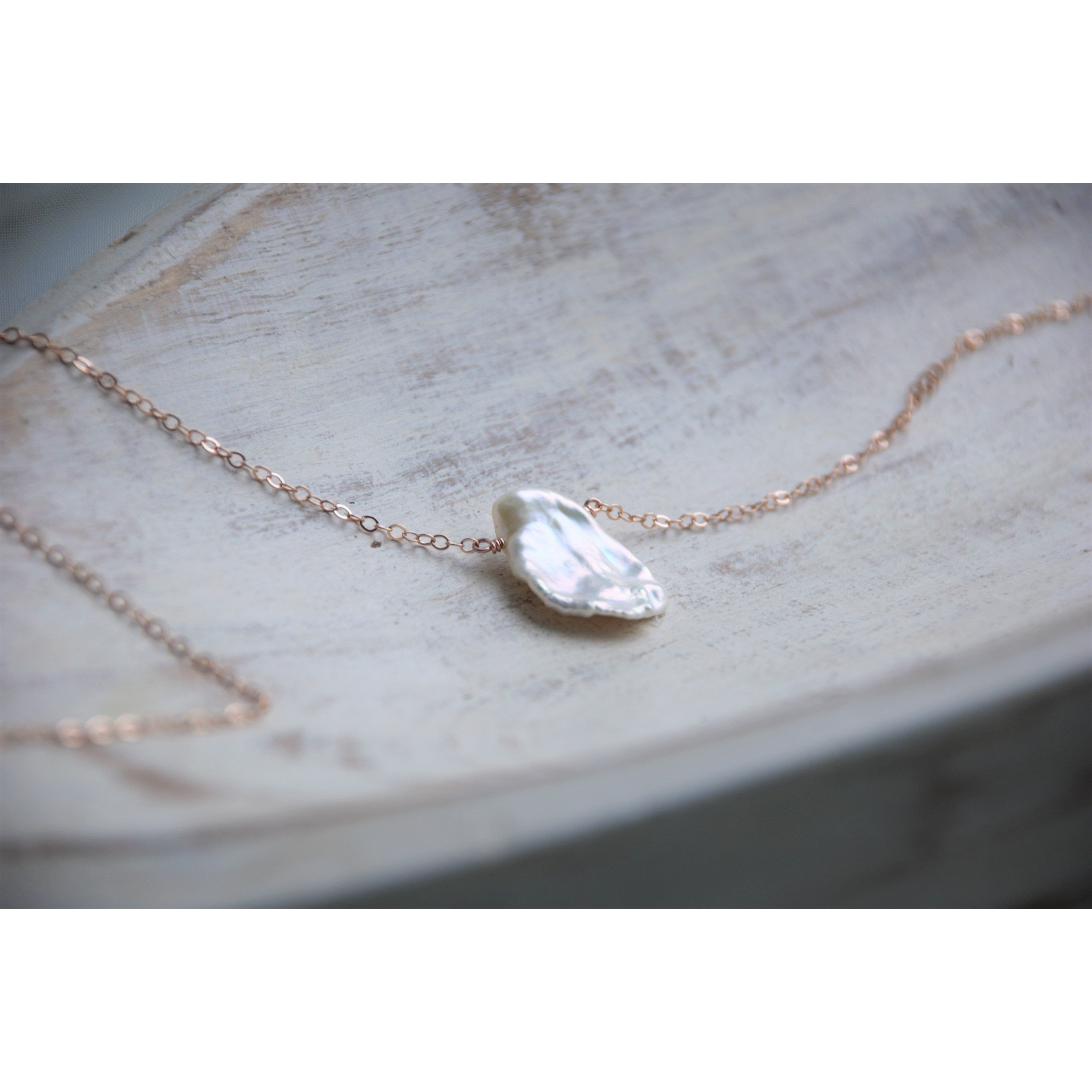 KALAMA PEARL NECKLACE