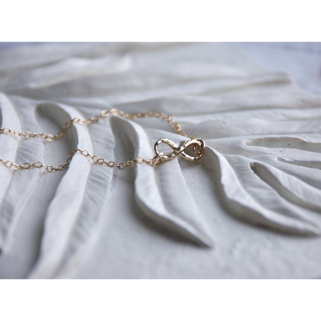 LANIKAI INFINITY NECKLACE