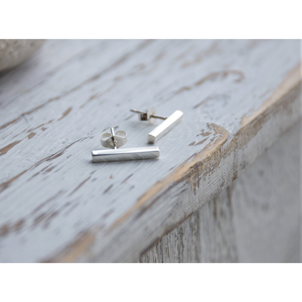 MANELE STUD EARRINGS