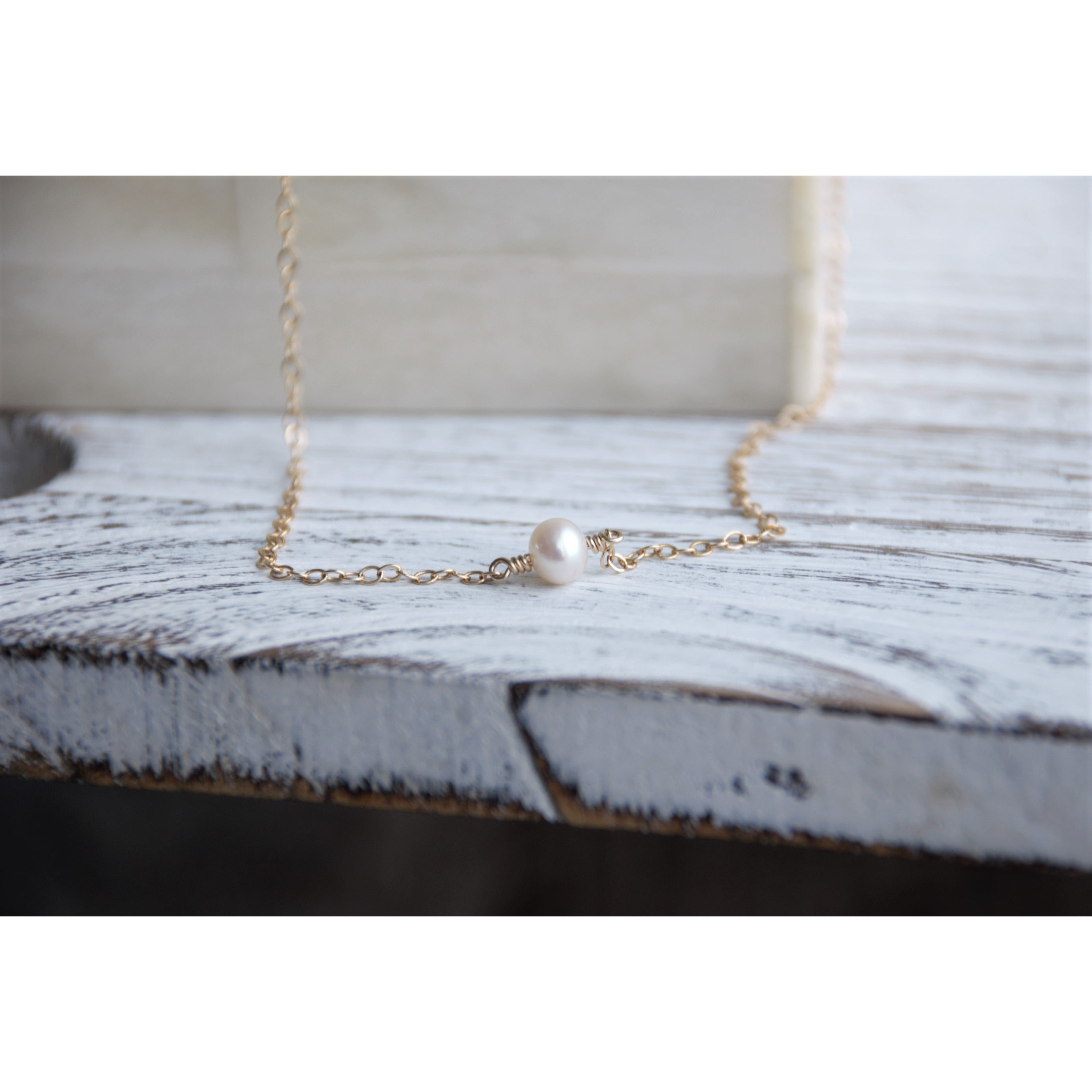 SUNSET PEARL NECKLACE