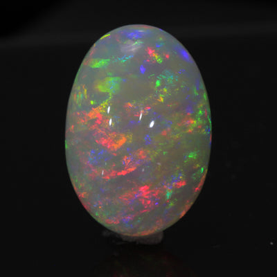 Exceptional Opal 17.40 Carats