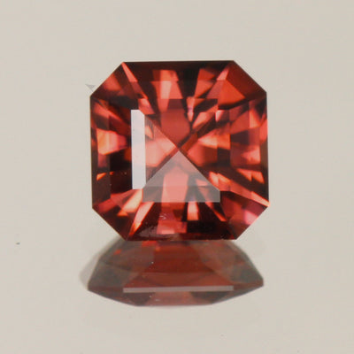 Square Brilliant Zircon 3.33 CaratsSquare Brilliant Zircon 3.33 Carats