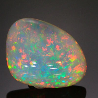 81.60ct Freeform Cabachon Welo Opal Gemstone