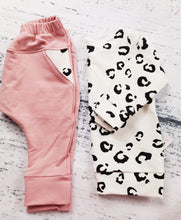 Load image into Gallery viewer, Flamingo Pink Harem with Cheetah Pocket