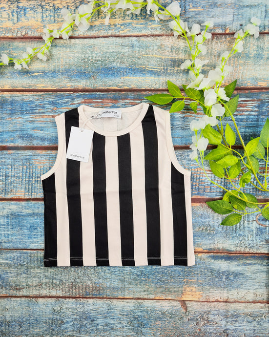 Vertical Stripe black and off white vest relaxed fit