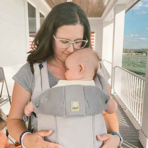 babywearing, complete all seasons, lillebaby, baby carrier, complete baby carrier
