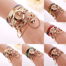 Load image into Gallery viewer, Leather Rhinestone Rivet Chain Quartz Bracelet