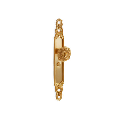Crisscross with Floral Ribbon & Reed Knob Door Set