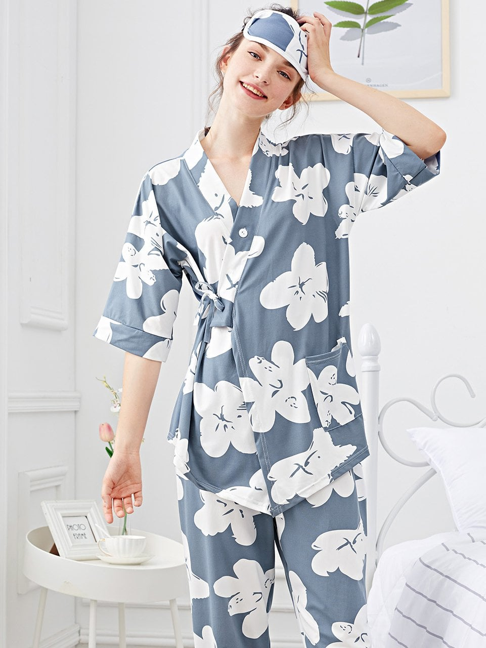 Pajamas For Women - Flower Print Wrap Pajama Set With Eye Mask