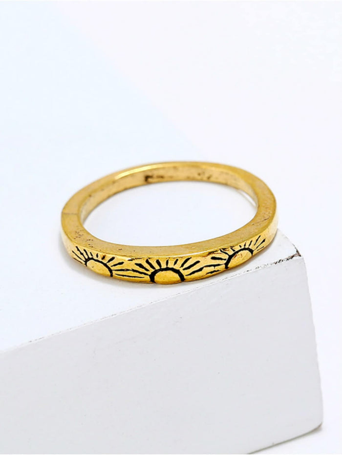 Casual Rings - Sun Engraved Ring