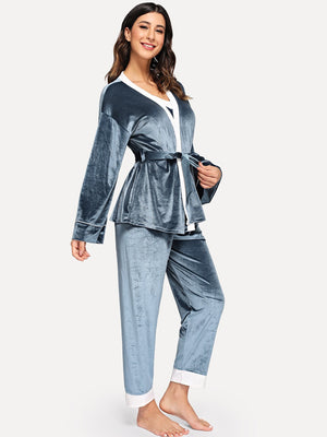 Pajamas For Women - Contrast Side Velvet Cami Pajama Set With Robe