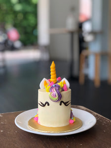 Mini Unicorn Cakelet