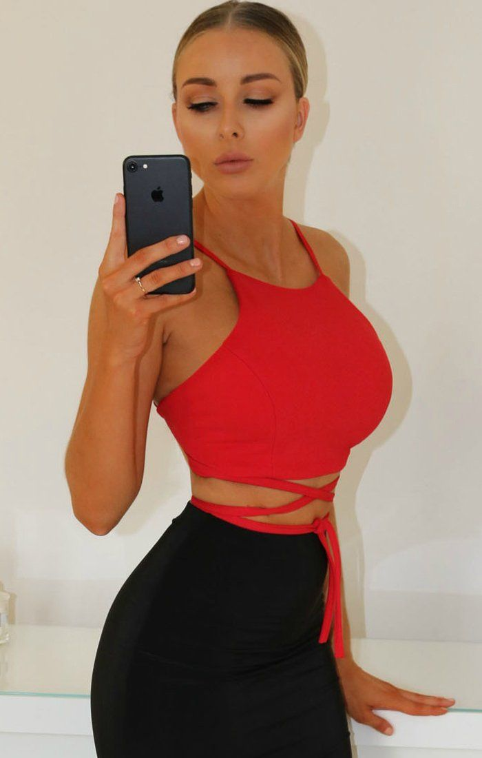 RED TIE BACK CROP TOP