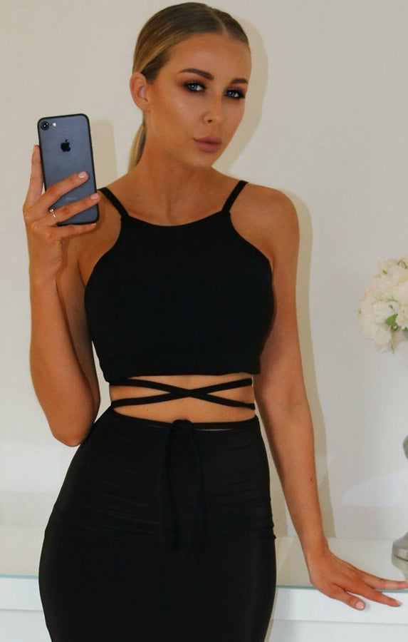 BLACK-TIE-BACK-CROP-TOP
