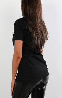 Black Avenue Montaigne Slogan T-shirt