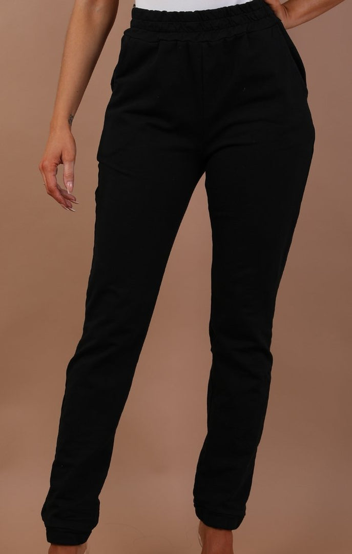 Black-basic-sweatpants-Harlow