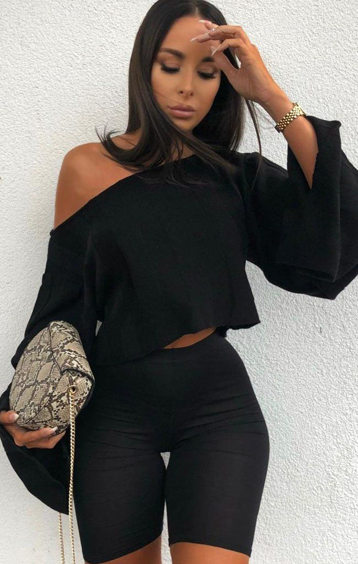 Black-Jumbo-Ribbed-Oversized-Crop-Jumper-Raven