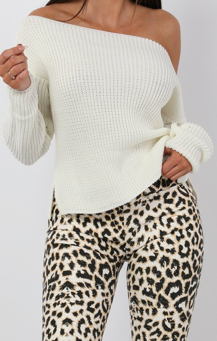 Cream Oversized Knit Jumper - Odetta