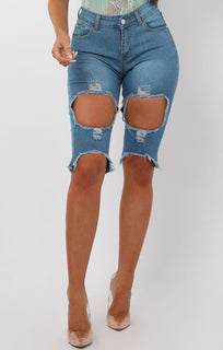 Dark-Blue-Distressed-Jean-Shorts-Zara