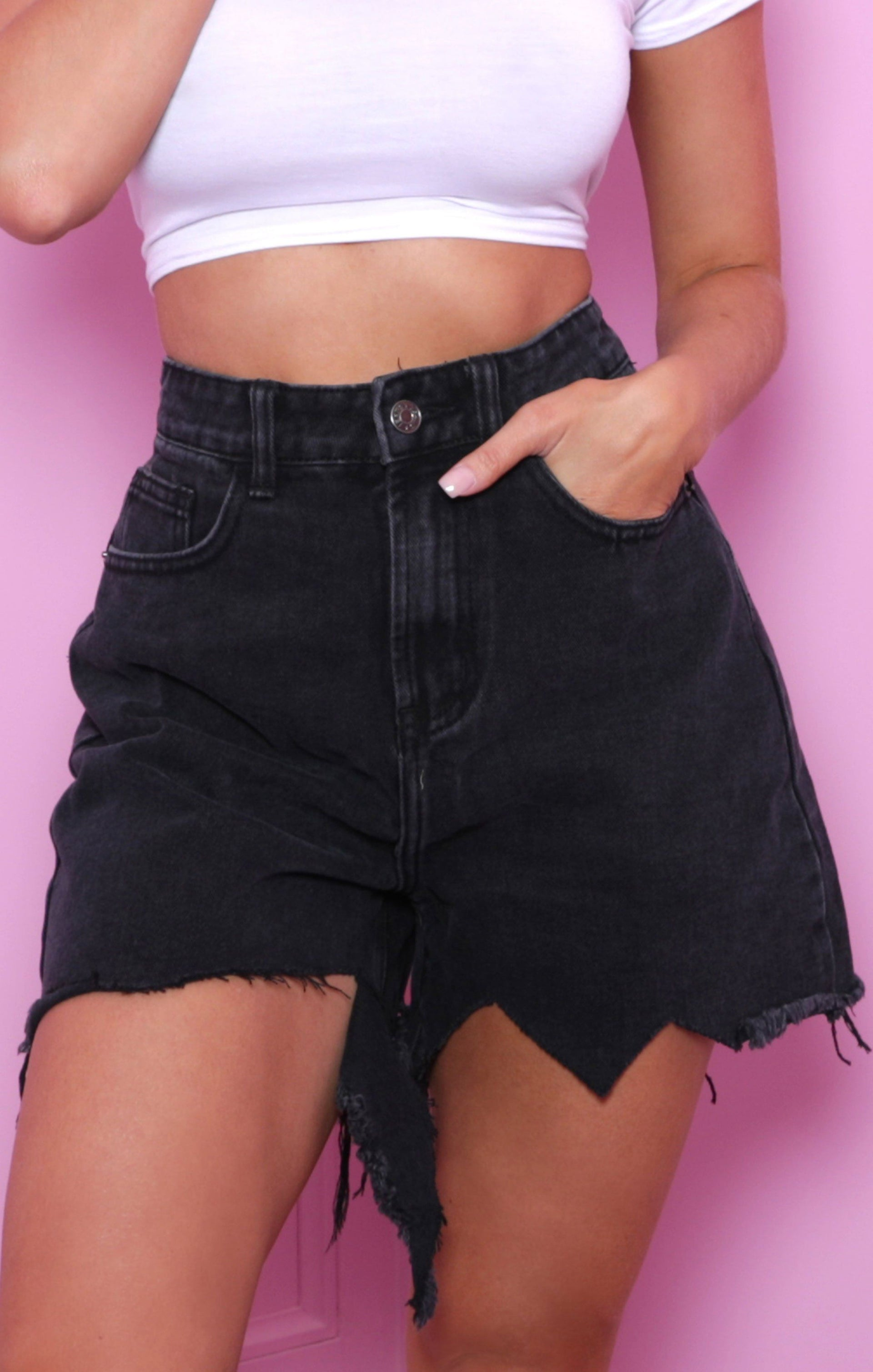 Black Distressed Shorts Pictures