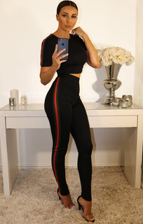 BLACK LEGGINGS AND CROP TOP TWO PIECE SET