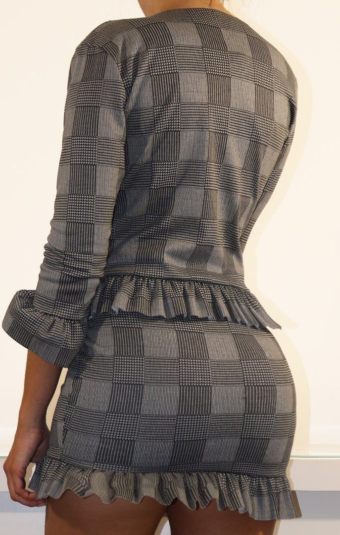 Houndstooth Patterned Frill Hem High Waist Skirt