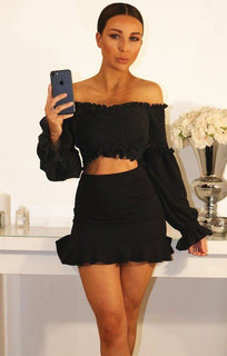 BLACK BARDOT RUCHED SLEEVE CROP TOP