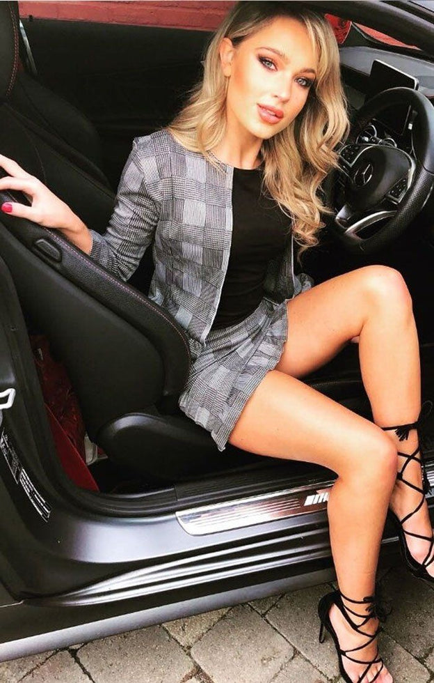 Houndstooth Patterned Frill Blazer and Skirt Set
