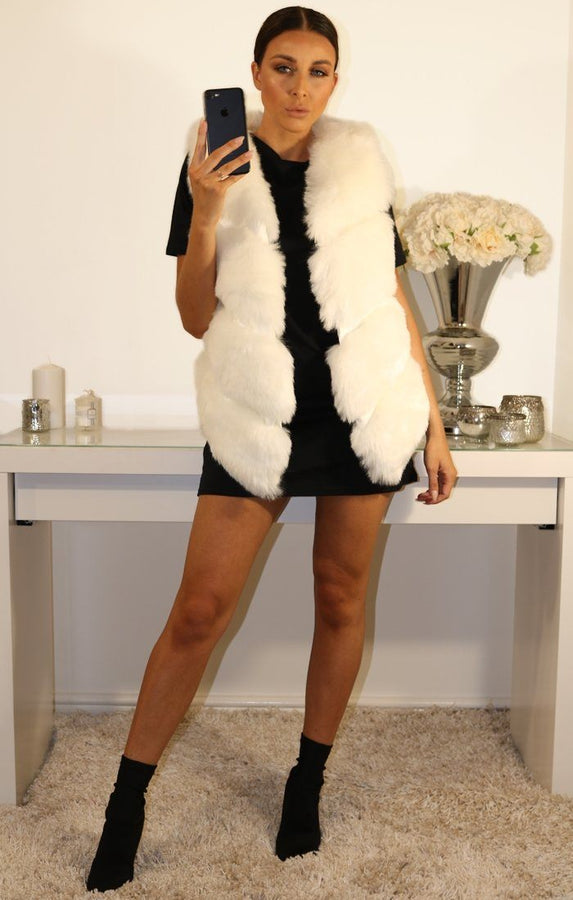 WHITE FAUX LEATHER AND FUR GILET