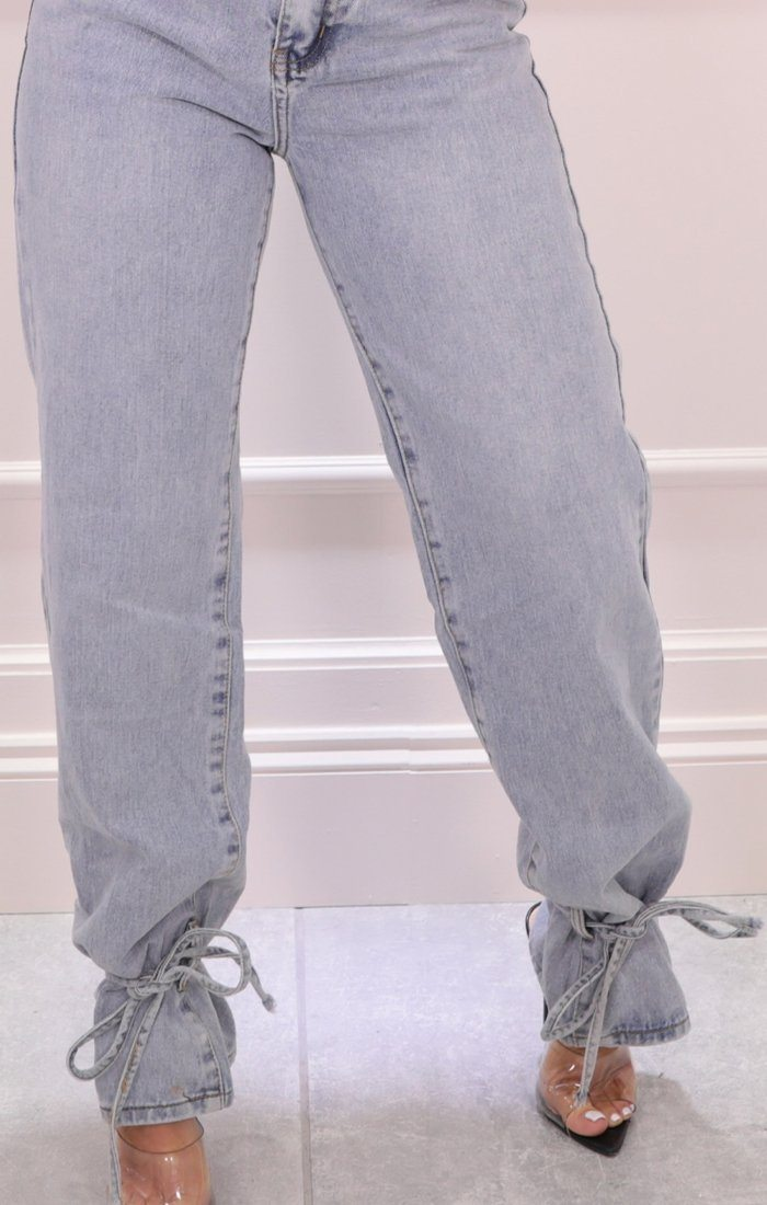 Light Wash Straight Leg Tie Hem Jeans - Molly