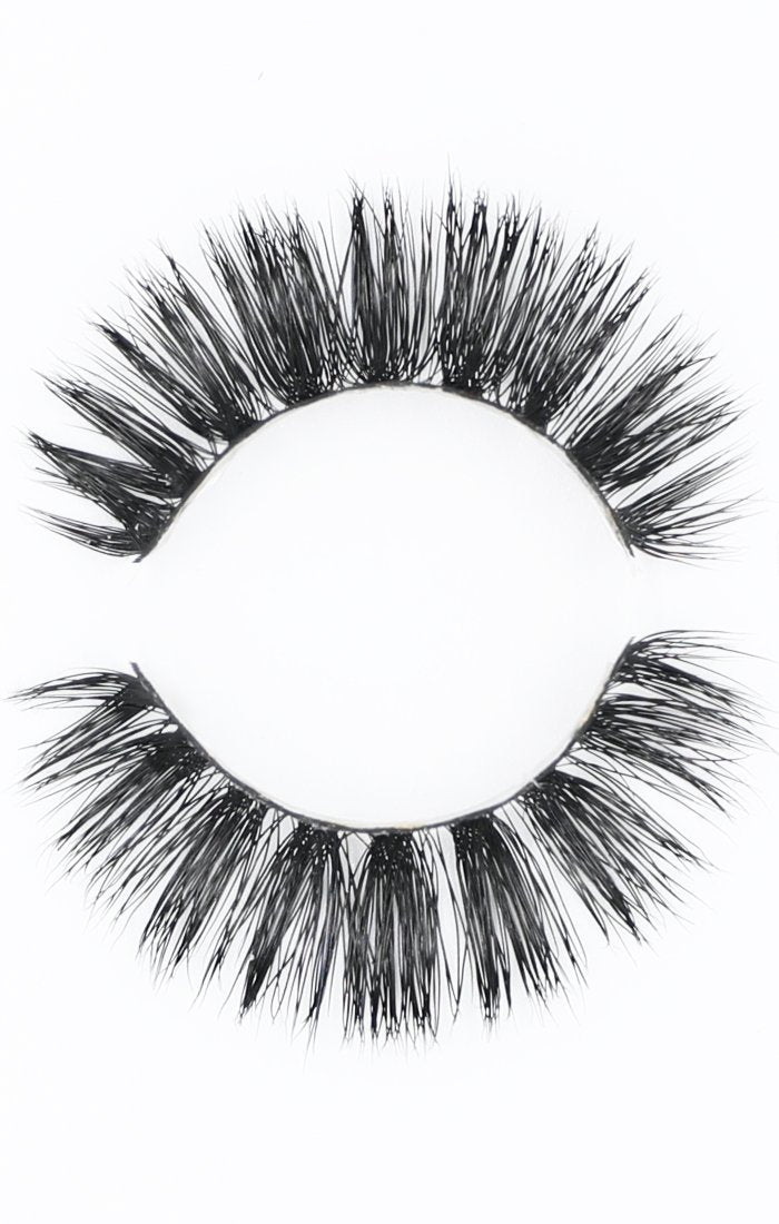 3D Mink Strip Lashes #StTropez
