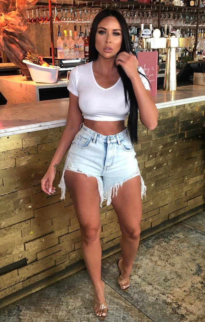 White Fitted Short Sleeve Crop Top - Zayni