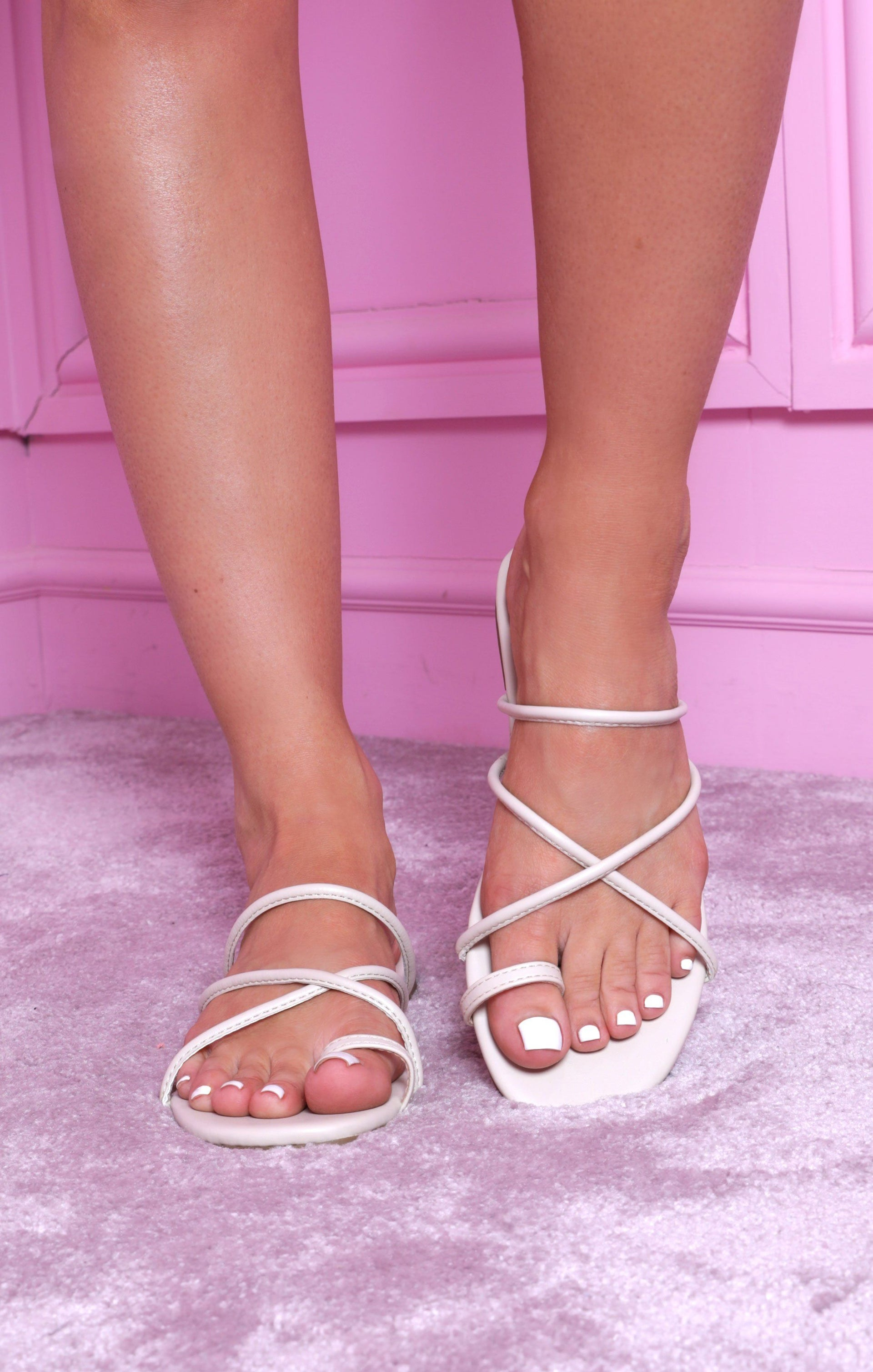 White Flat Strappy Toe Ring Sandals - Lily